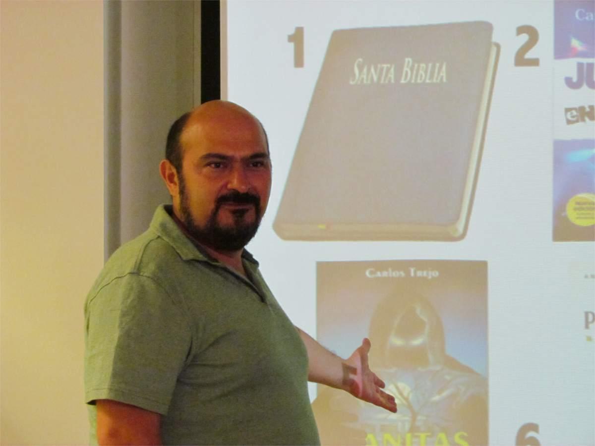 Ángel Figueroa, divulgador científico mexicano
